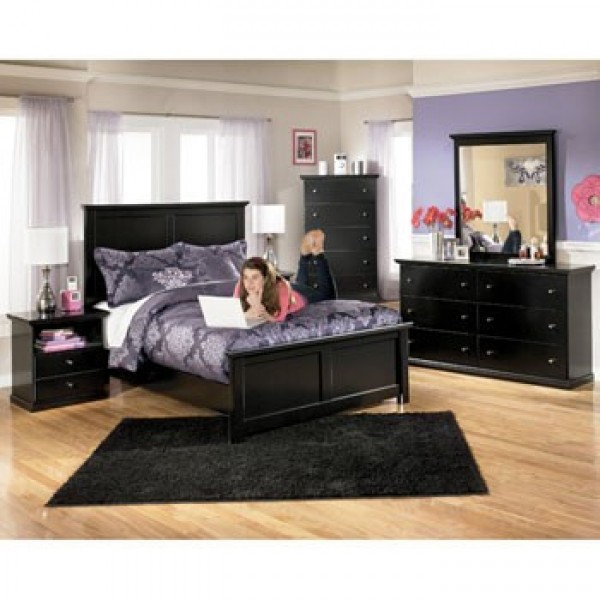 Bedroom Set Collection in Black