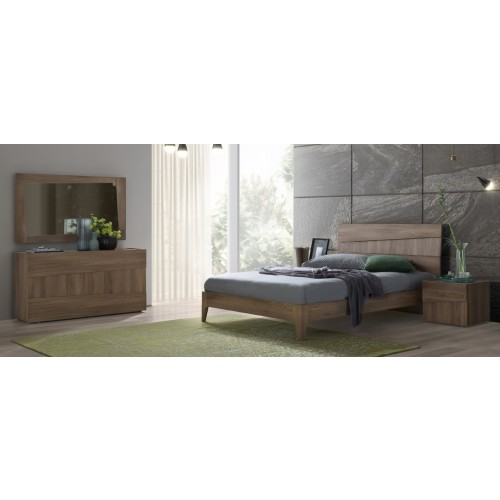 Storm Bedroom Set in Brown