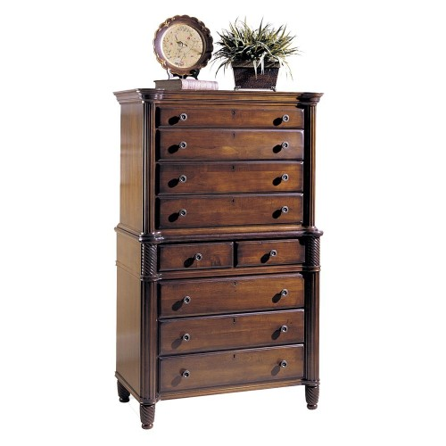 English-styled chest with 9 drawers